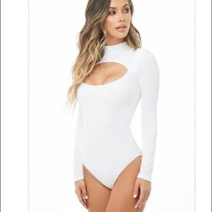 Forever 21 ribbed cutout long sleeve bodysuit